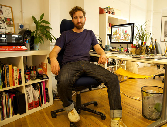 Photograph: Tom Hovey in his studio © Tom Hovey