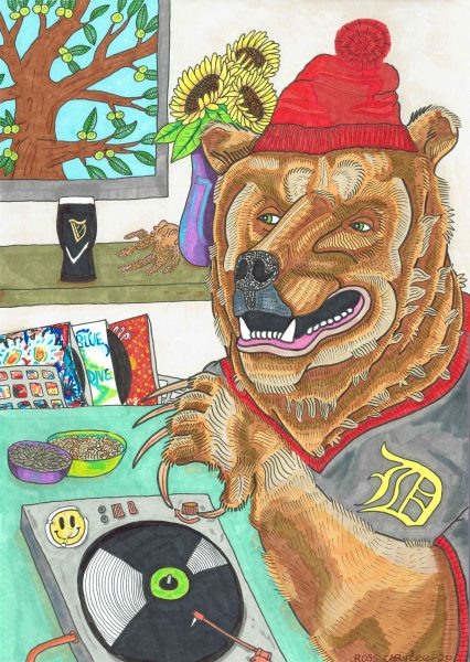 Record loving bear