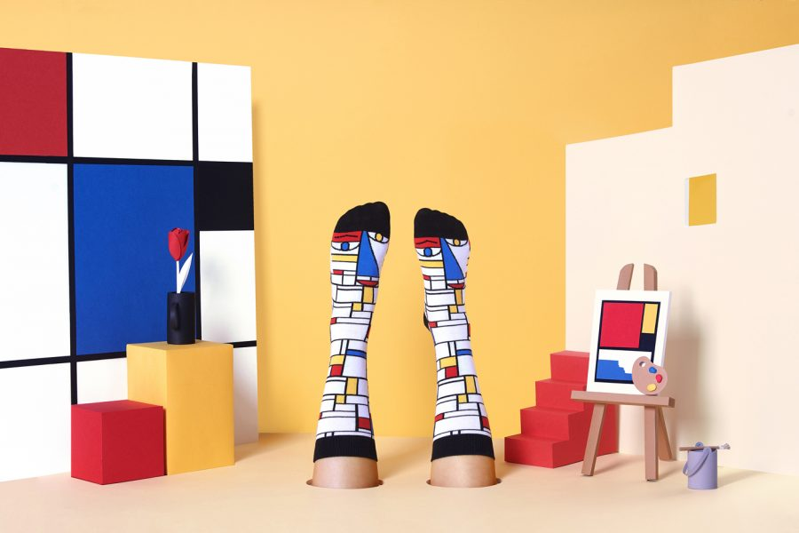 Chatty Feet: Feet Mondrian
